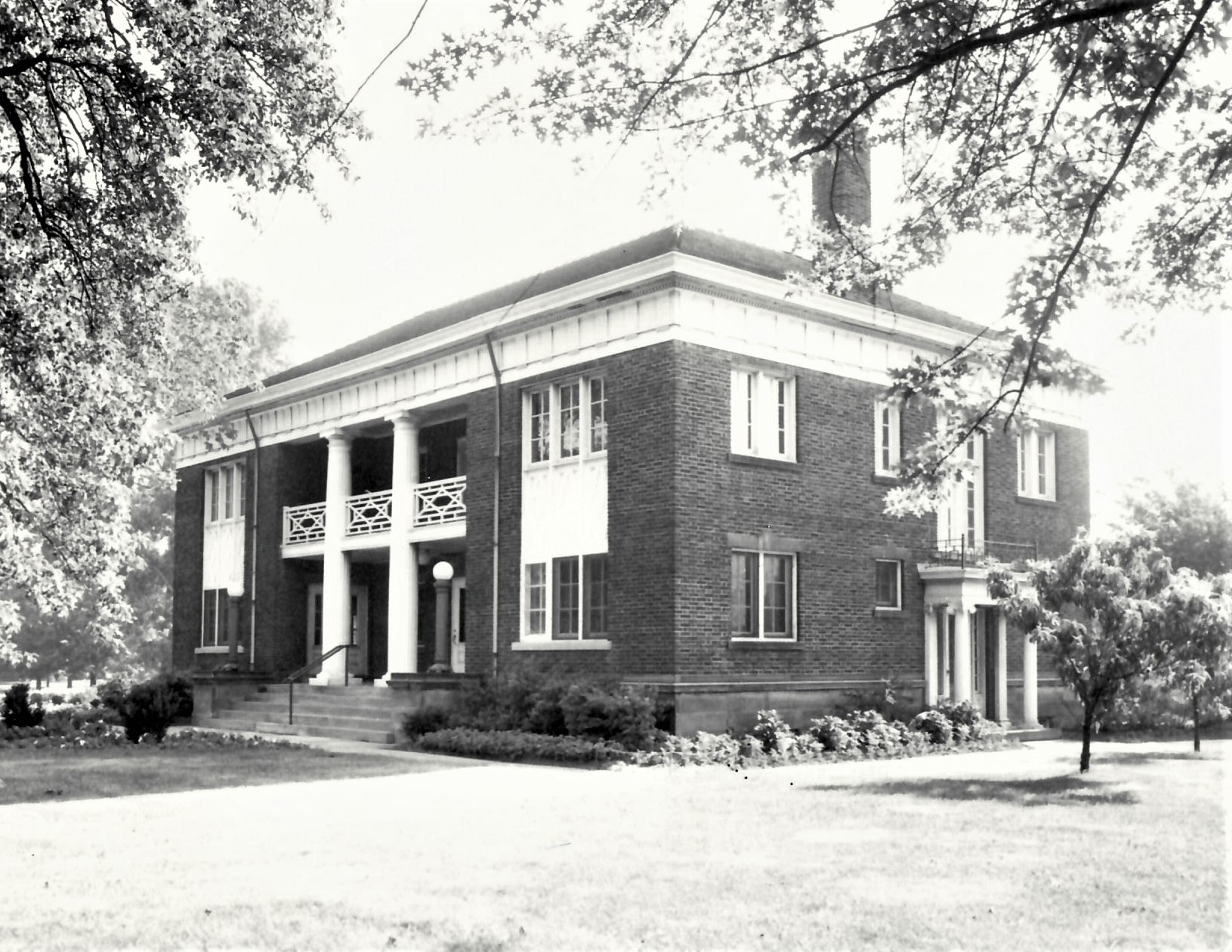 Village Hall 1918