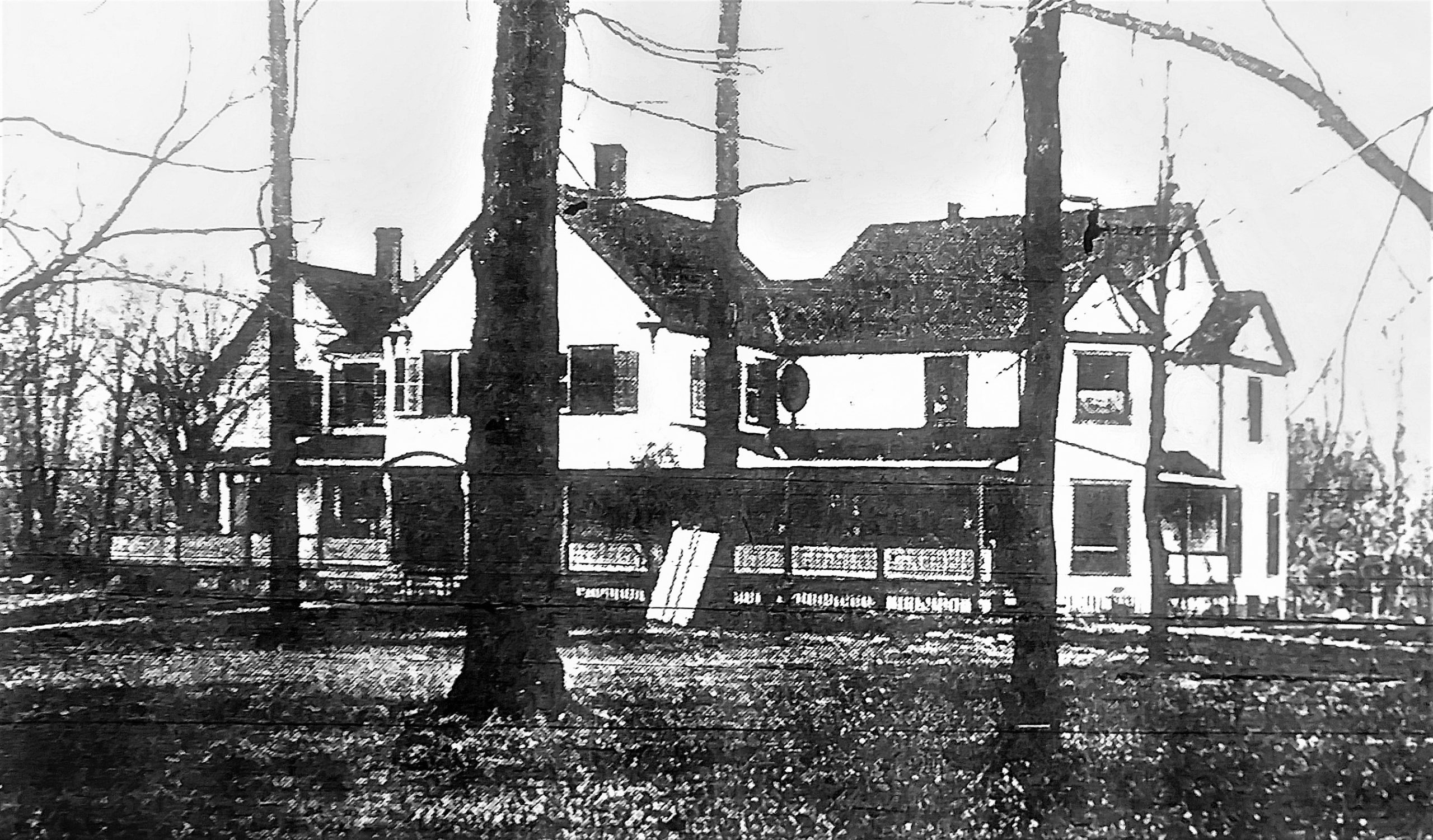 Second Cleveland Golf Club Clubhouse on Coit Road 1900.