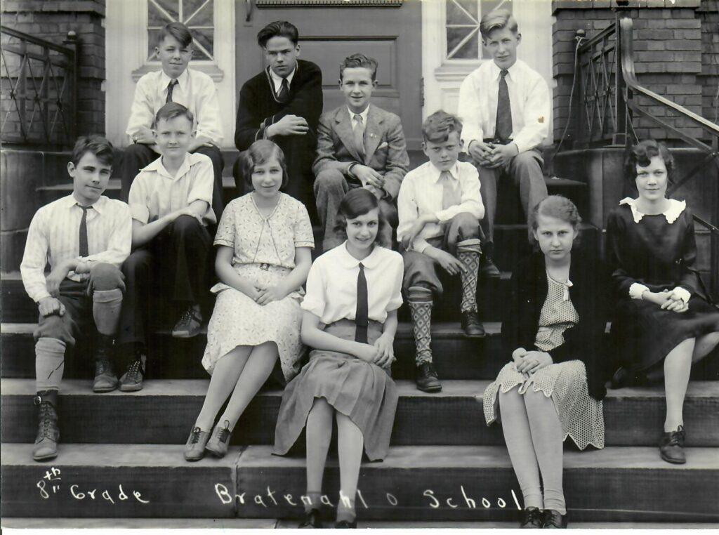 1930-31 Grade 8 (1 of 2)
