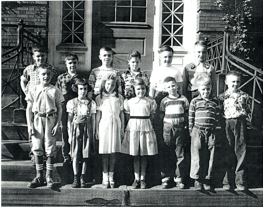 1952-53 Grade 3