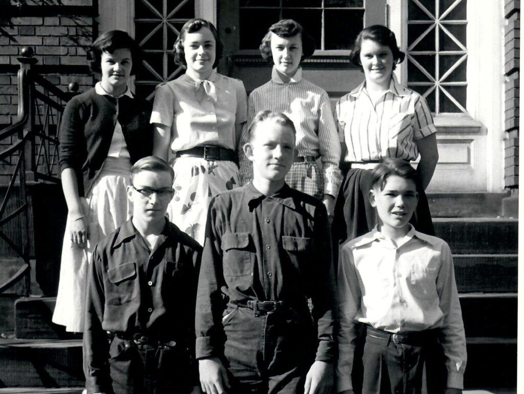 1952-53 Grade 8