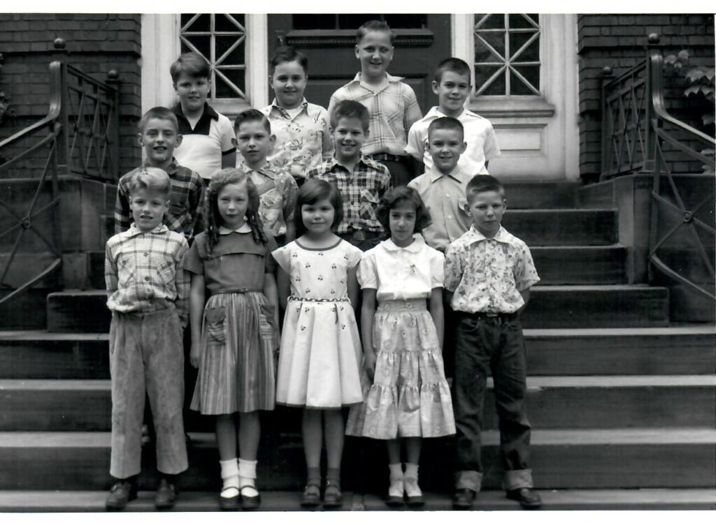 1953-54 Grade 4