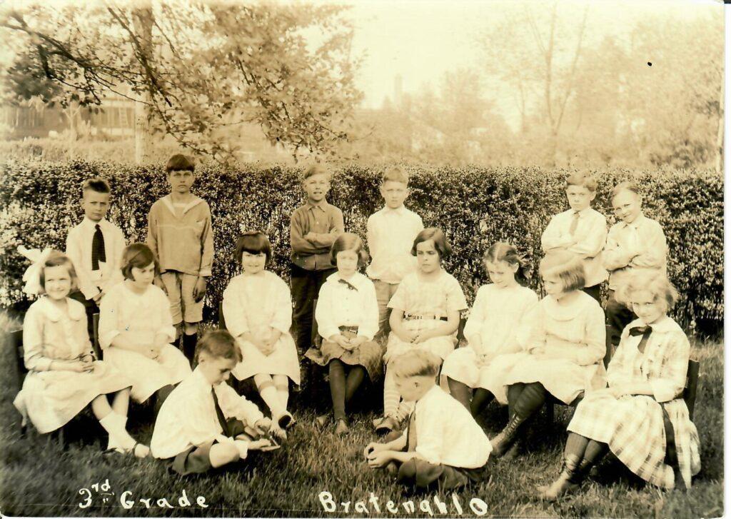 1921-22 Grade 3