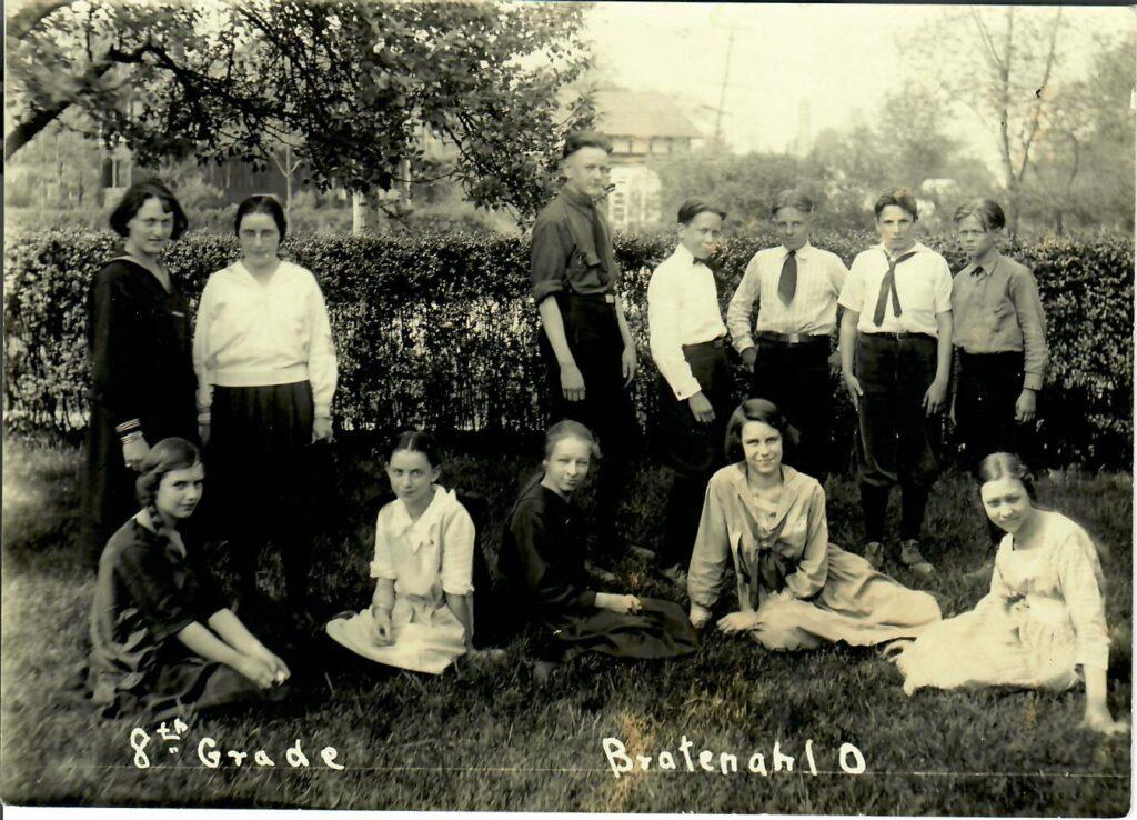 1921-22 Grade 8