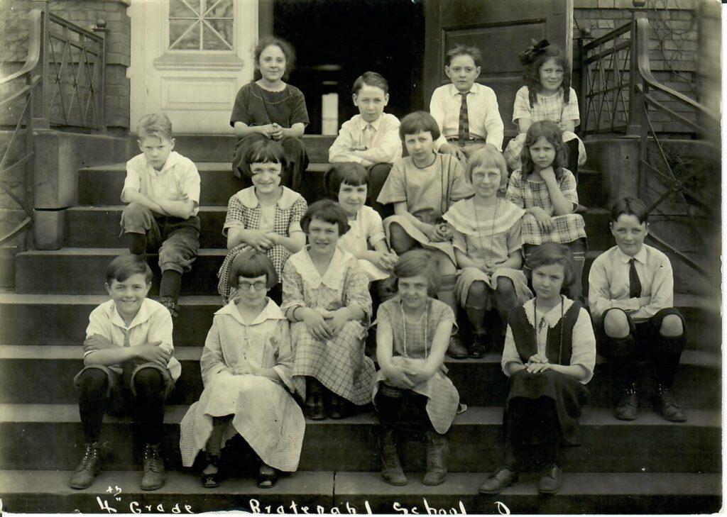 1924-25 Grade 4